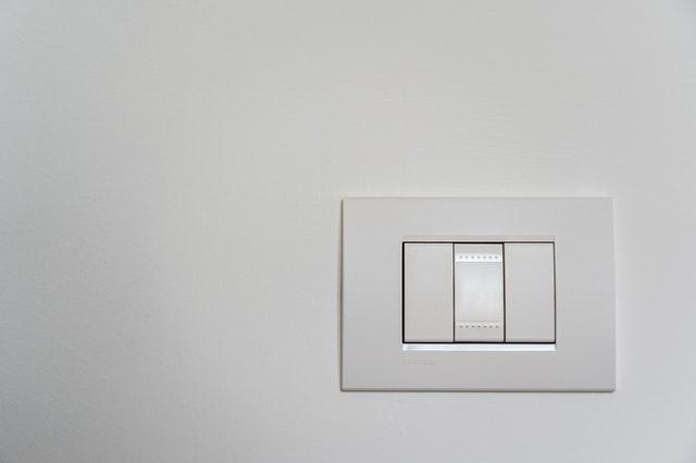 basic light switch